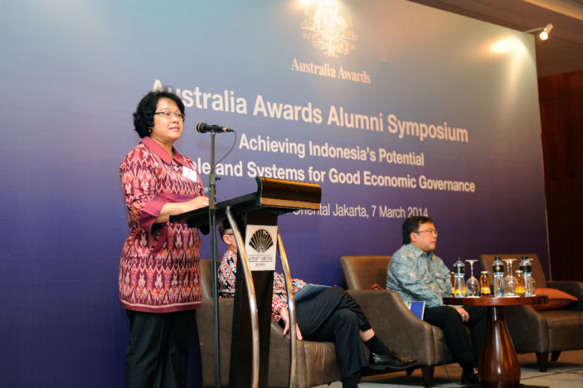 Head of the Technical Cooperation Bureau of Foreign Affairs at the Australia Awards Alumni Symposium event in 2014