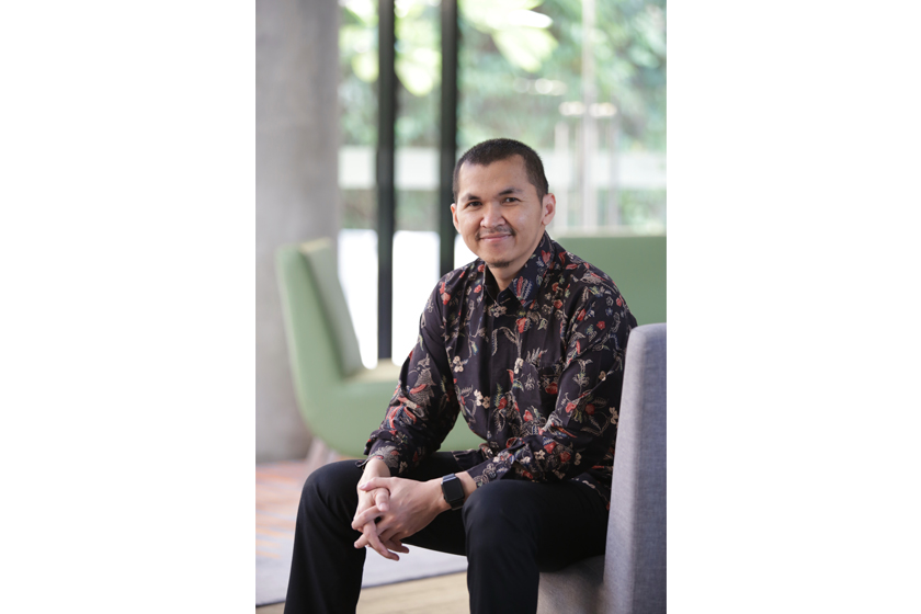Dede Supriyanto Strives for Quality Education for Children with Multiple Disabilities