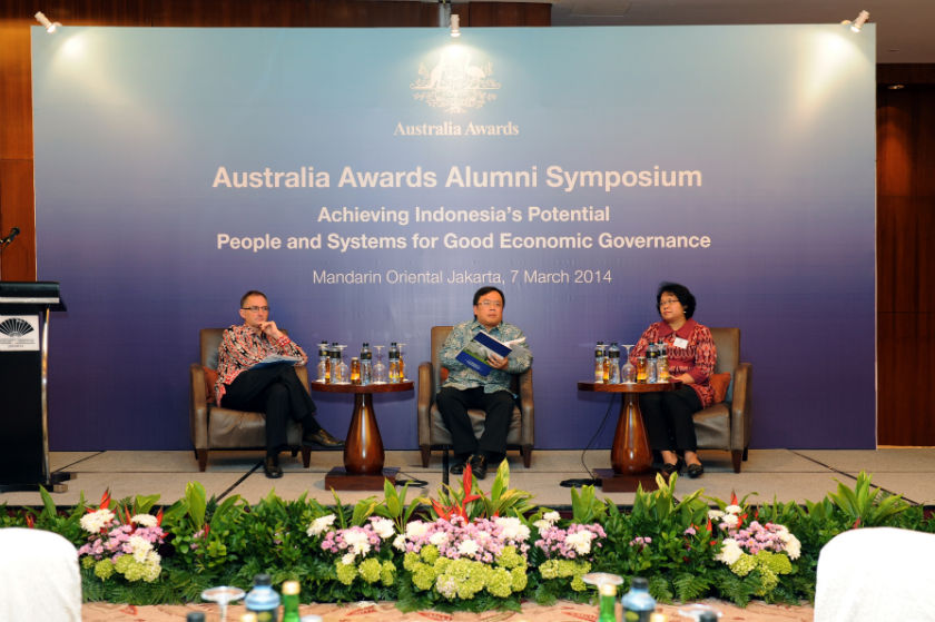 Panelist at Australia Awards Alumni Symposium in Jakarta 2014