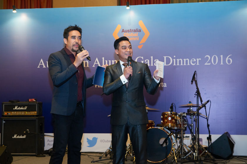Mr Jamie Aditya and Mr Tommy Tjokro as MCs for Australian Alumni Gala Dinner 2016