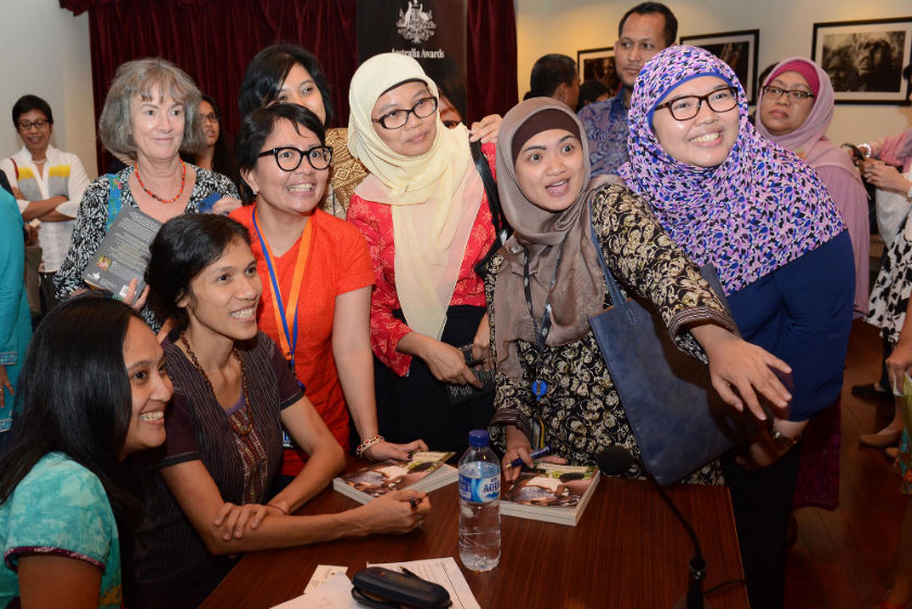 Butet Manurung with fellow Australian alumni at Embassy talkshow in 2015