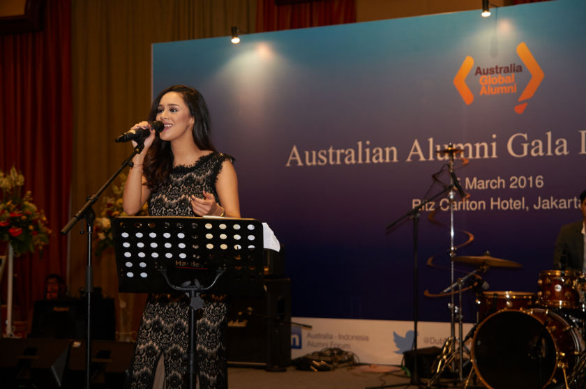 Brianna Simorangkir performed for Australian Alumni Gala Dinner 2016