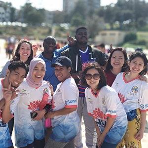 Australia Awards scholar from Indonesia Nova Rubianti with her friends and colleagues at the International Students Beach Soccer Day at Coogee, NSW, September 2018
